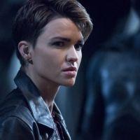 Batwoman saison 2 : Ruby Rose (Kate Kane) revient sur son départ et répond aux rumeurs