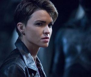 Batwoman saison 2 : Ruby Rose (Kate Kane) revient sur son départ de la série et répond aux rumeurs