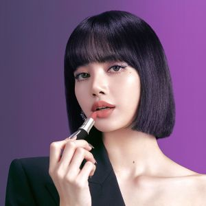 #MACLOVESLISA : Lisa du groupe Blackpink devient égérie de MAC Cosmetics