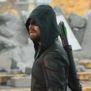 """Arrow saison 9 : Stephen Amell prêt à ressusciter Oliver Queen, """"Je suis sérieux"""""""