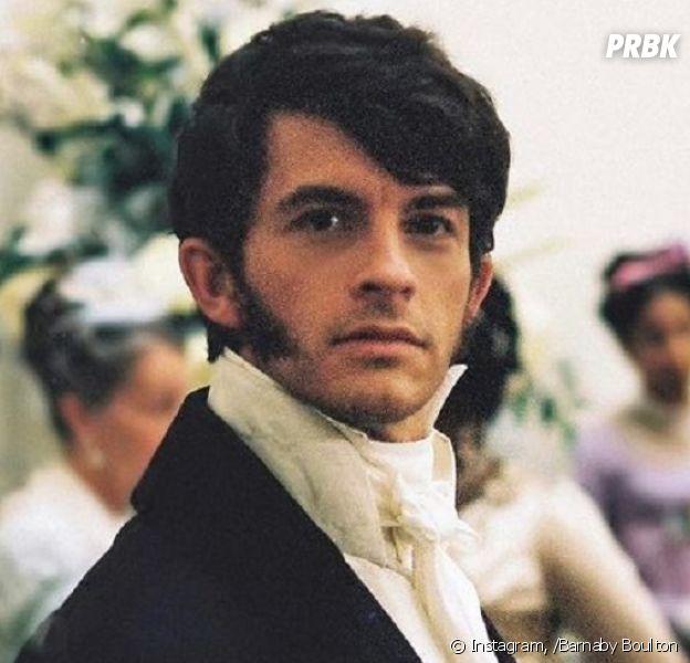"""La Chronique des Bridgerton sur Netflix : Jonathan Bailey (Anthony Bridgerton) ouvertement gay, il dénonce que """"les gays ne jouent pas les hétéros"""" dans la majorité des séries"""