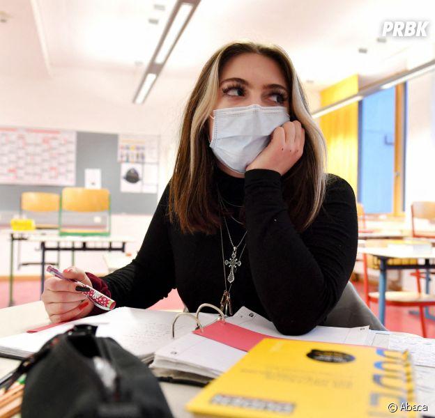 Covid-19 : les écoles bientôt fermées pour un mois ?