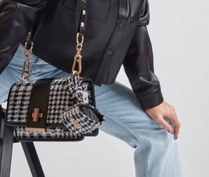 Léna Situations x Don't Call Me Jennyfer : le sac Sit-Bag a cassé internet
