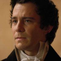 La Chronique des Bridgerton : Luke Thompson (Benedict) n'a pas kiffé voir les scènes de sexe