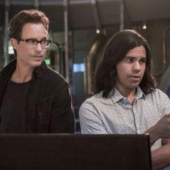 The Flash saison 7 : Carlos Valdes (Cisco) et Tom Cavanagh (Wells) quittent la série