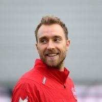 Christian Eriksen : tifo géant, ovation... L'hommage émouvant lors du match Danemark - Belgique