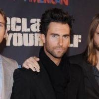 Adam Levine le chanteur des Maroon 5 ... il tourne un second clip avec sa compagne