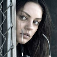 Mila Kunis ... elle veut jouer avec Brad Pitt ou George Clooney