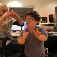 Keenan Cahill et David Guetta ... Parodiés par Max Boublil