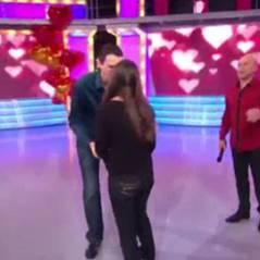 Sylvain demande Ingrid en mariage pendant ... Le Juste Prix sur TF1 ... VIDEO
