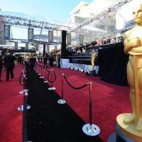 Cérémonie des Oscars 2011 ... Les photos des plus belles tenues sur le tapis rouge