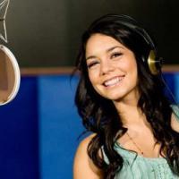 Vanessa Hudgens ... sa vie serait ennuyeuse ... mais elle est contente