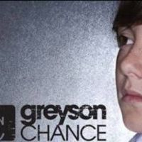 Greyson Chance ... Découvrez Light Up The Dark, son nouveau single (AUDIO)