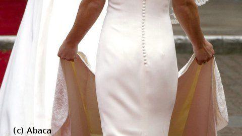 PHOTOS  Pippa Middleton  les fesses de la \u0027\u0027Royal Hotness\u0027\u0027 très  convoitées  sur Facebook