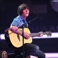 X Factor ... Florian abandonne sa coupe de cheveux à la Justin Bieber (PHOTOS)