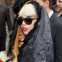 Lady Gaga en promo Born This Way : son nouveau look improbable (PHOTOS)