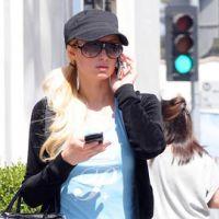 PHOTOS - Paris Hilton en mode décontractée