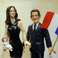 Accouchement de Carla Bruni : son bébé santon (PHOTOS)