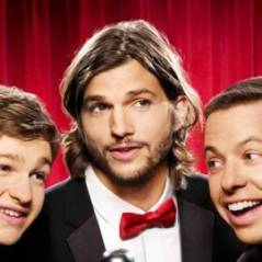 Mon Oncle Charlie saison 9 : Ashton Kutcher embrasse fougueusement Jon Cryer (VIDEO)