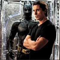 "The Dark Knight Rises : costume ""différent"" et back to the Batcave (PHOTOS)"