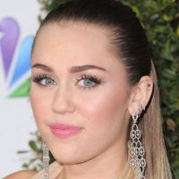 Miley Cyrus change de coupe de cheveux : place aux courts