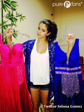 Selena Gomez et ses deux robes