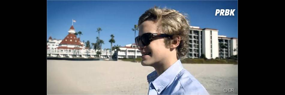 Cody Simpson sur la plage