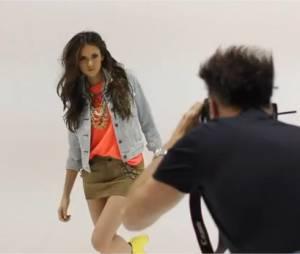 Nina Dobrev dans les coulisses de son photoshoot pour Nylon