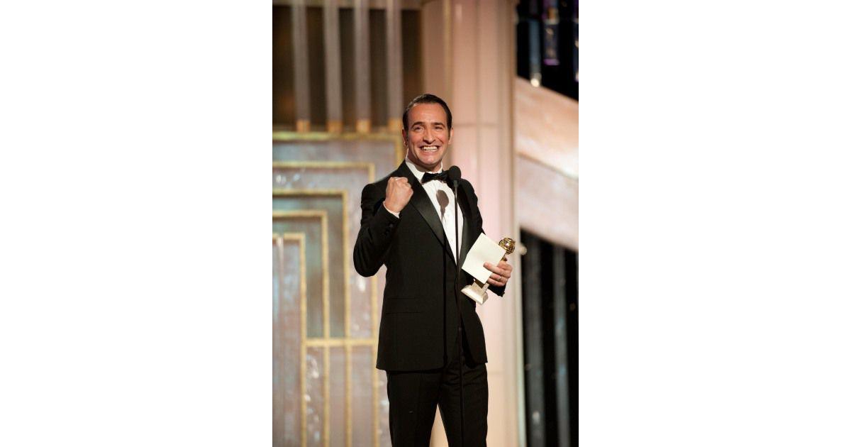 Jean dujardin re oit le golden globe de meilleur acteur for Dujardin imite le chameau