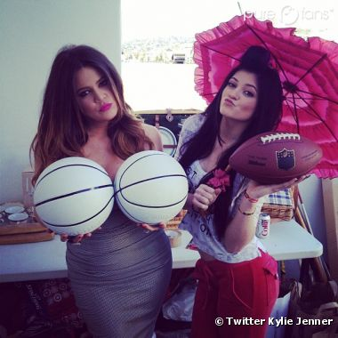 Kylie et Khloé, fans de ballons