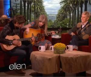 Zac Efron et Taylor Swift chantent et jouent de la guitare