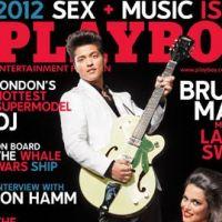 Bruno Mars joue son Playboy et entre dans l'histoire du mag' coquin (PHOTO)