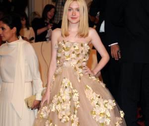 Dakota Fanning, teen star se passe de Facebook et Twitter