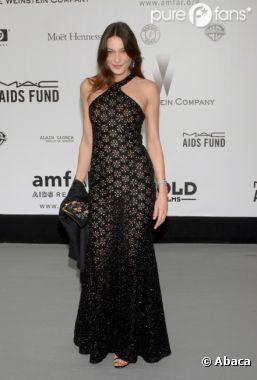 Carla Bruni très élégante