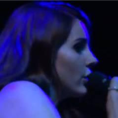 Lana Del Rey : Carmen, sa nouvelle chanson offerte en live à ses fans déchaînés (VIDEO)