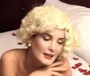 Marie se la joue so sexy !