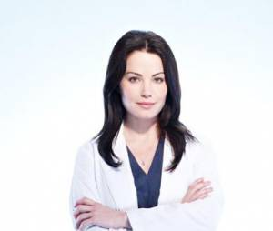Erica Durance oublie Smallville !