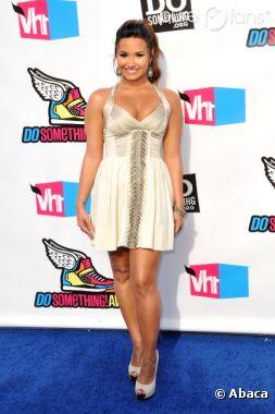 Demi Lovato hyper sexy