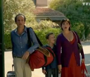 Une nouvelle famille débarque à dix minutes des naturistes !