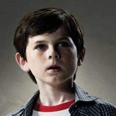 Walking Dead saison 3 : Carl, mini-soldat en devenir ! (SPOILER)