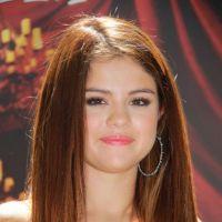 Selena Gomez : nouvelle coupe de cheveux pour l'été (PHOTOS)