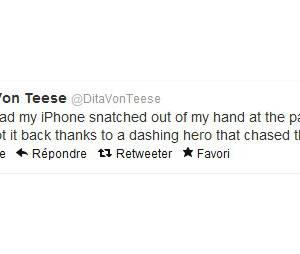 Dita Von Teese raconte l'affaire sur Twitter