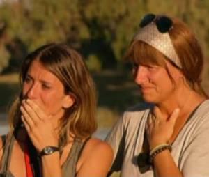 Marcelle et Nicole ne peuvent contenir leurs larmes au départ de Jean-Pierre et François