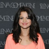Selena Gomez : c'est son anniversaire ! Découvrez sa métamorphose en sexy girl ! (PHOTOS)