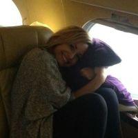 Demi Lovato à la cool, M. Pokora à 9 ans, Louis Tomlinson grimaçant... : les meilleures twitpics