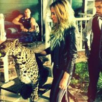 Demi Lovato avec son ex, Miley Cyrus so sexy, Kev Adams en mode lol : les twitpics de la semaine !