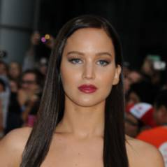 Jennifer Lawrence en mode Katniss : revoilà la guerrière version brune ! (PHOTOS)