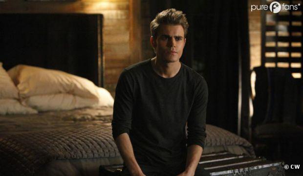 Stefan en soldat dans la saison 4 de Vampire Diaries