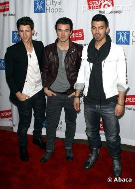 Les Jonas Brothers présentent un extrait d'une chanson de leur futur album !