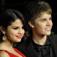 Selena Gomez et Justin Bieber : ils affichent leur amour sur leurs fringues !